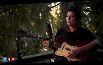 Watch Angel Olsen's Intimate 'Tiny Desk (Home) Concert'