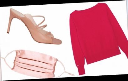 15 Gift Ideas for the Fashion Lover in Your Life