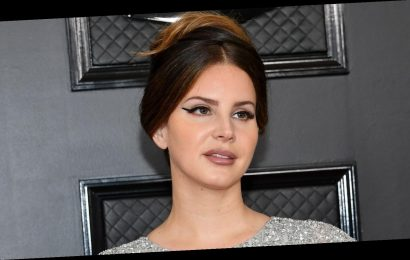 Why Lana Del Rey's face mask is sparking controversy