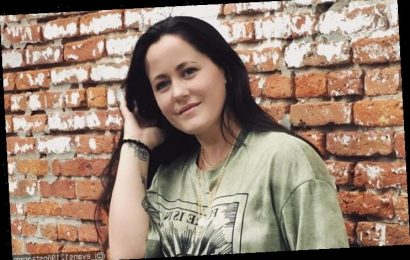 'Teen Mom 2' Alum Jenelle Evans Hits Back at Critic Slamming Her for Mocking Stepdaughter