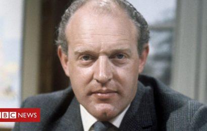 Z Cars actor Frank Windsor dies at 92