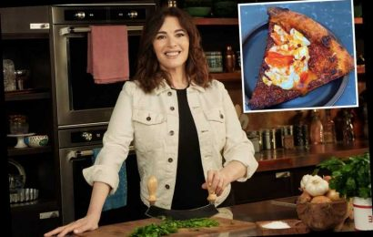 Nigella Lawson divides food fans again with egg on leftover pizza breakfast