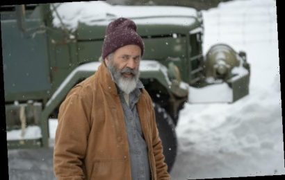 'Fatman' Film Review: Mel Gibson's a Grizzled Santa in a Genre Mash-Up