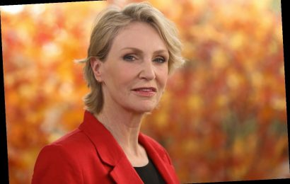 'Jeopardy!': Jane Lynch Reveals Whether She Wants to Host the Iconic Game Show