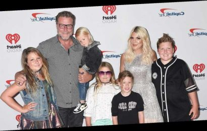 Tori Spelling Reveals Her Kids Didn't Recognize Her While Watching '90210'