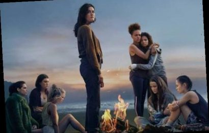 Lost on a Strange Island, Teen Girls Brave The Wilds in Amazon Trailer