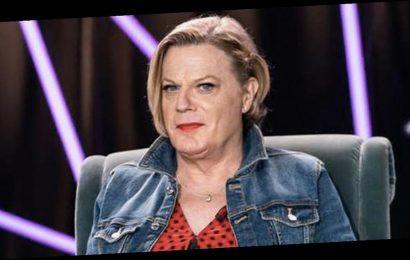 Eddie Izzard praised for requesting use of 'she/her' pronouns in TV appearance