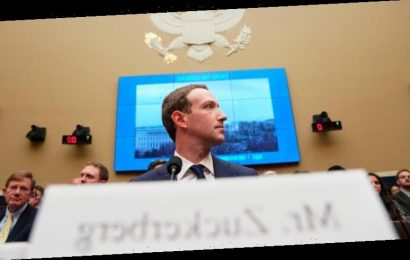 'Significant implications worldwide': ACCC to monitor key lawsuit aiming to break Facebook apart