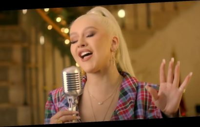 Christina Aguilera Kicked the Holidays Into High Gear With This Delightful Christmas Song