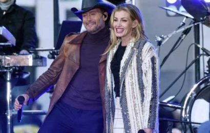 Tim McGraw & Faith Hill's Daughters Are All Grown Up on a Tropical Vacation — See Family Photos