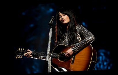The Surprising Story Behind Kacey Musgraves' Song 'Mother'