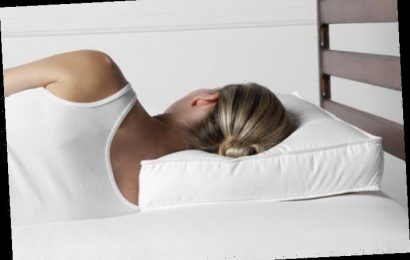 Attention side sleepers: This pillow provides the ultimate support for your neck