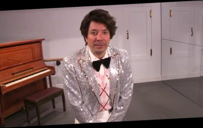 Of Course Jimmy Fallon Kicked Off the New Year by Imitating Its Big Headline Maker, Harry Styles