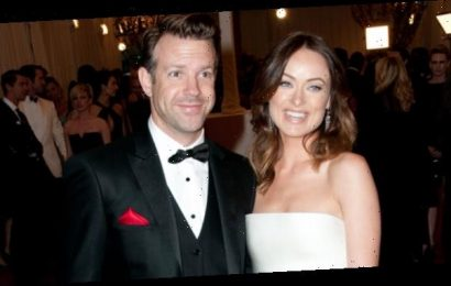 Olivia Wilde Reunites With Ex Jason Sudeikis After Hand-Holding Wedding Date With Harry Styles – Pics