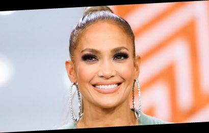 """Jennifer Lopez Clapped Back at a Critic Claiming She """"Definitely"""" Had Botox"""