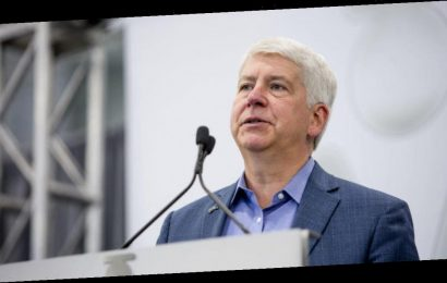 Former Governor Rick Snyder expected to be charged in connection with Flint water crisis