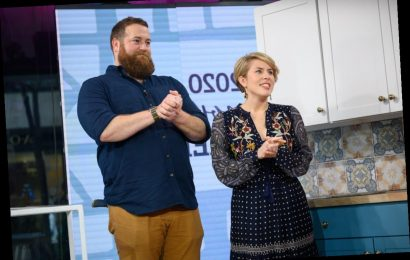 'Fixer Upper' Host Joanna Gaines and 'Home Town' Star Erin Napier Made the Same Unexpected Kitchen Update