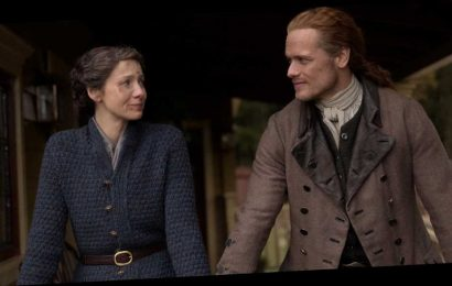 'Outlander' Showrunner Says Intimate Scenes To Be Filmed With Strict Safety Protocols