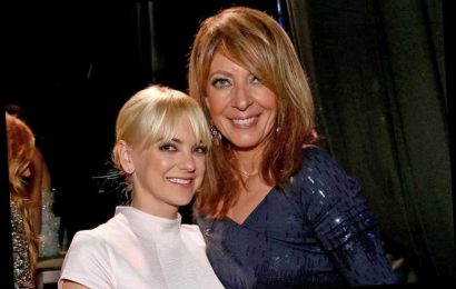 Allison Janney Says Anna Faris Is 'Very Missed' After Her Mom Departure