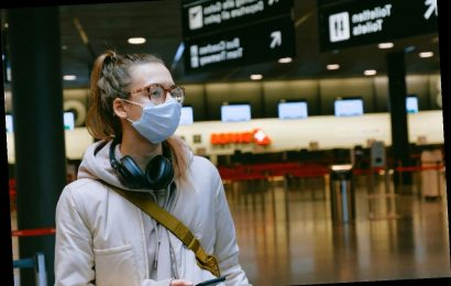CDC requires that all passengers on planes and public transportation wear masks