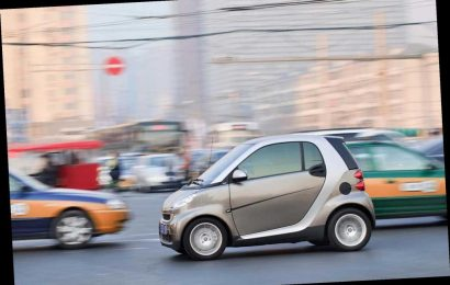 Study finds smaller cars may be why crashes injure women more