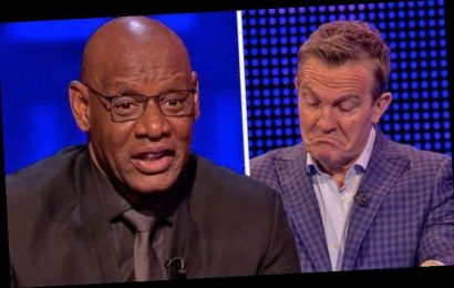 The Chase fans call for Shaun Wallace to 'retire' after team won £14k 'He needs to go'