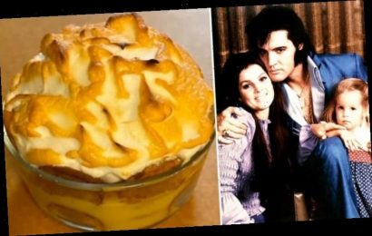 Elvis Presley: Graceland chef on how to make King and Lisa Marie's banana pudding – WATCH