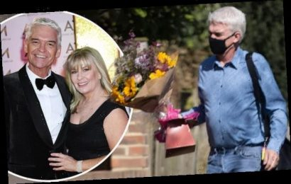 Phillip Schofield buys flowers on wedding anniversary after coming out