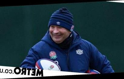 Under-fire Eddie Jones will be saved by England players' support