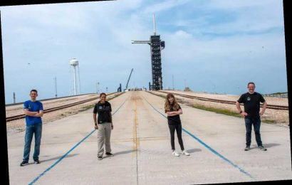 Meet First All-Civilian Space Crew, Who Are 'Pushing Boundaries' on Inspiration4-SpaceX Mission