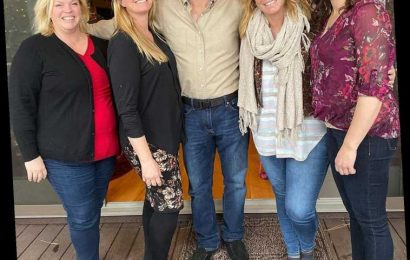 Sister Wives: Kody Brown Says He's 'Being Passed Around' His 4 Wives 'Like a Rag Doll' amid COVID