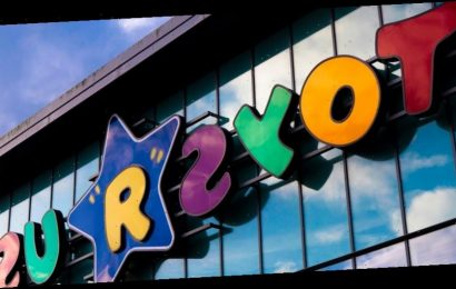 """New Toys """"R"""" Us Owners Are Planning To Reopen Physical Stores in the U.S."""