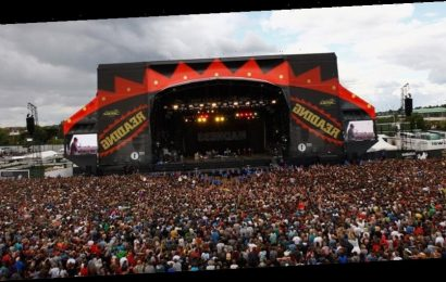 "Reading and Leeds Festival Organizer Reveals COVID-19 Vaccine Cards Will ""Almost Certainly"" Be Required"