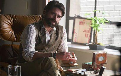John Stamos Not Returning to 'You' Season 3 (Exclusive)