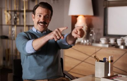 """""""The trailer for 'Ted Lasso' Season 2 is here and it's amazing"""" links"""