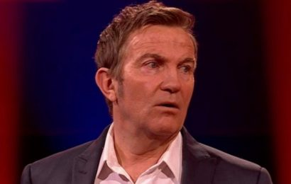Bradley Walsh 'swears' while asking question in Beat The Chasers lightning round