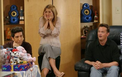 'Friends' Writers Reveal Biggest Regrets of the Sitcom