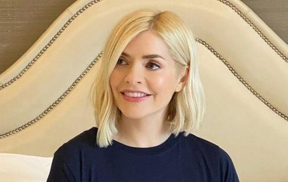 Holly Willoughby fashion shoot leaves Only Fools and Horses fans in stitches