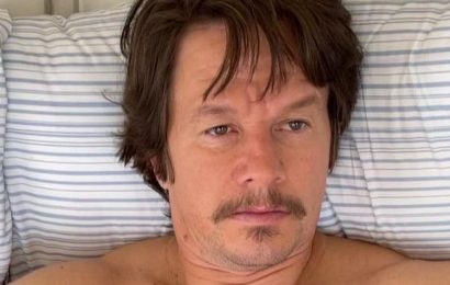 Mark Wahlberg shows off major transformation after gaining 20 pounds