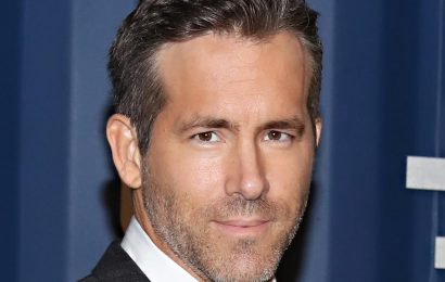 Ryan Reynolds Reveals the Sexually Explicit Text His Mom Accidentally Sent to His Brother (& Ryan Insists It's Not a Joke!)