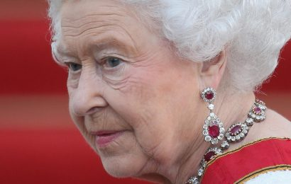 The Truth About Queen Elizabeth's Relationship With Penelope Knatchbull