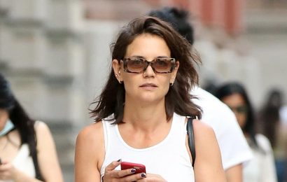 Katie Holmes Wore an Early 2000s-Inspired Outfit for a Rare Outing With Daughter Suri