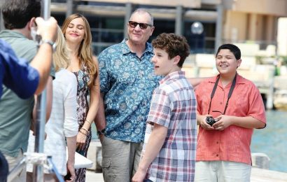'Modern Family': The Shocking Way Jay Found Out His Brother Had Cancer