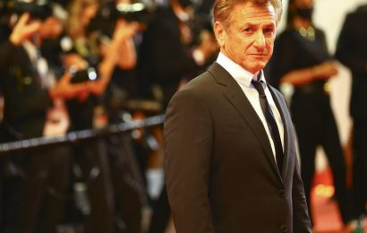 Sean Penn refuses to go back to work on Gaslit until everyone is vaccinated