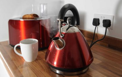 How much does it cost to boil a kettle?